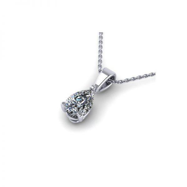prívesok s diamantom