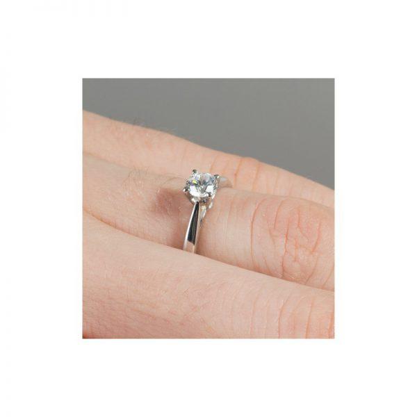 Zásnubný prsteň s diamantom 0.30 ct