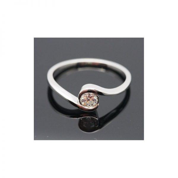 Solitérny zásnubný prsteň s diamantom 0.25 ct