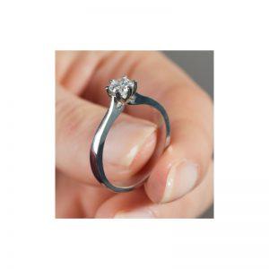 Solitérny zásnubný prsteň s diamantom 0.40 ct