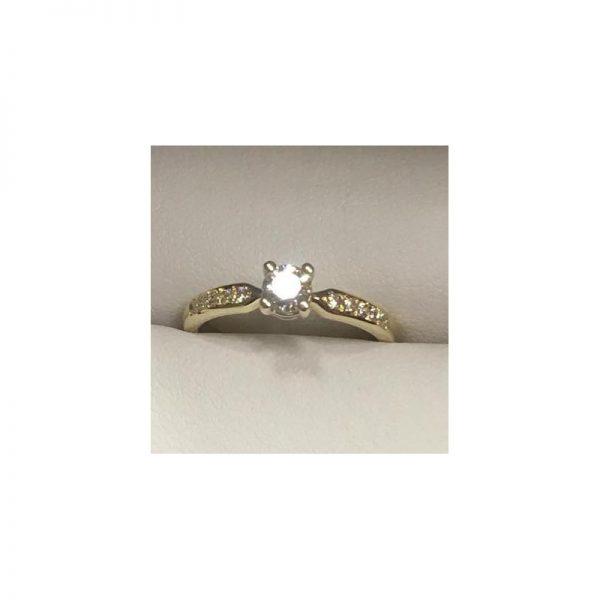 Romantický zásnubný prsteň s diamantom 0.30 ct
