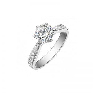 exkluzívny zásnubný prsteň s diamantom